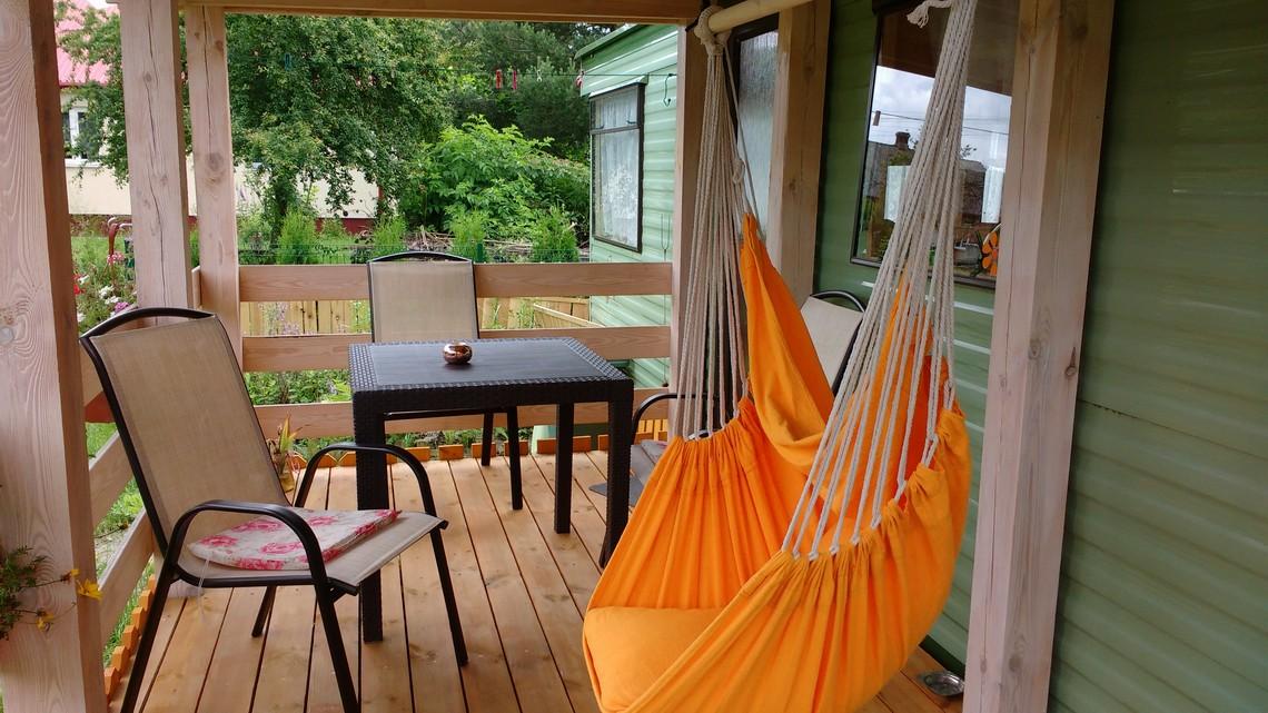 Apartament wypoczynkowy z werandą, Miodowy Holiday koło Zwierzyńca na Roztoczu.